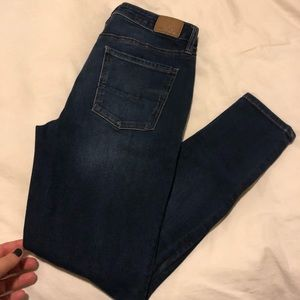 American Eagle BRAND NEW High Rise Jeggings